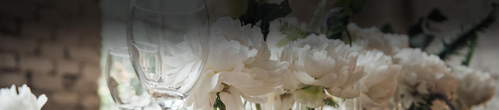 Banner kwiaty i kieliszki